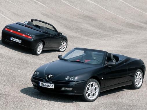 Alfa_Romeo_Spider_2002